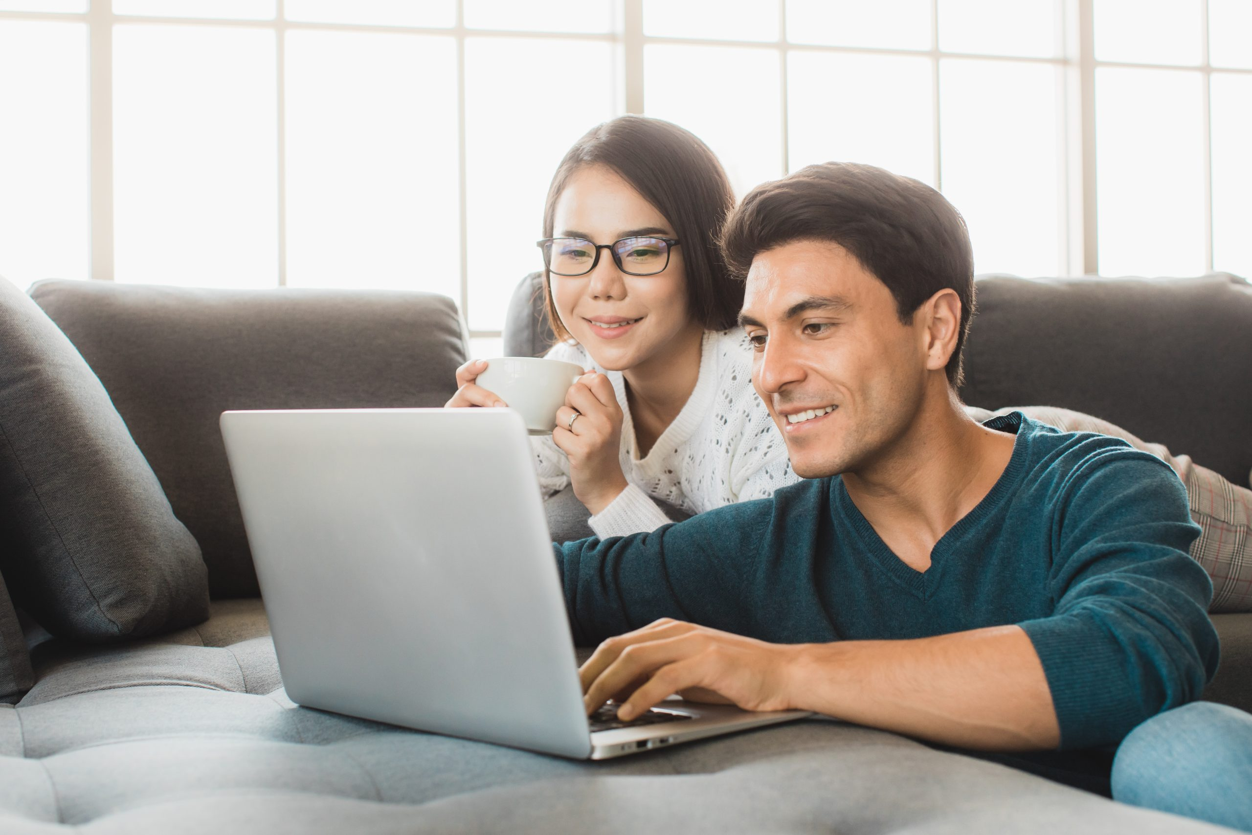 File Jointly Or Separately? What You Need to Know About Filing Taxes with Your Spouse