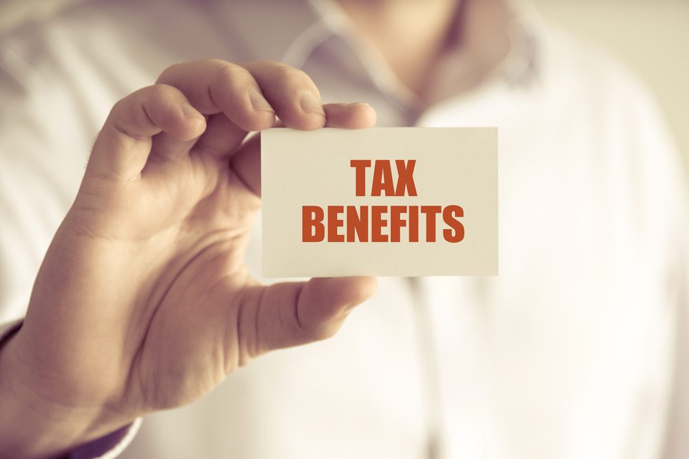 What are the tax differences for sole proprietorships and LLCs?