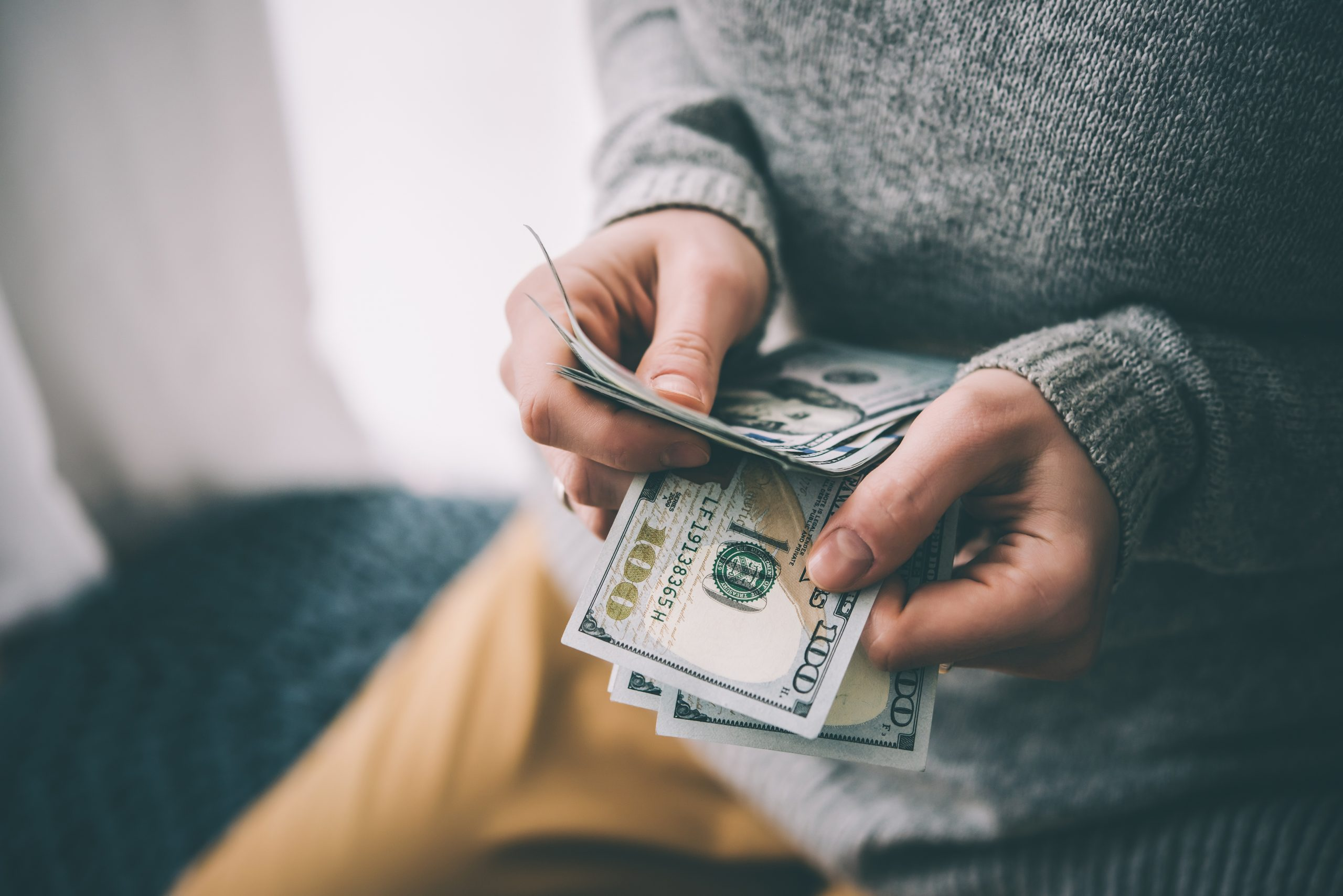 How to Develop Healthy Money Habits
