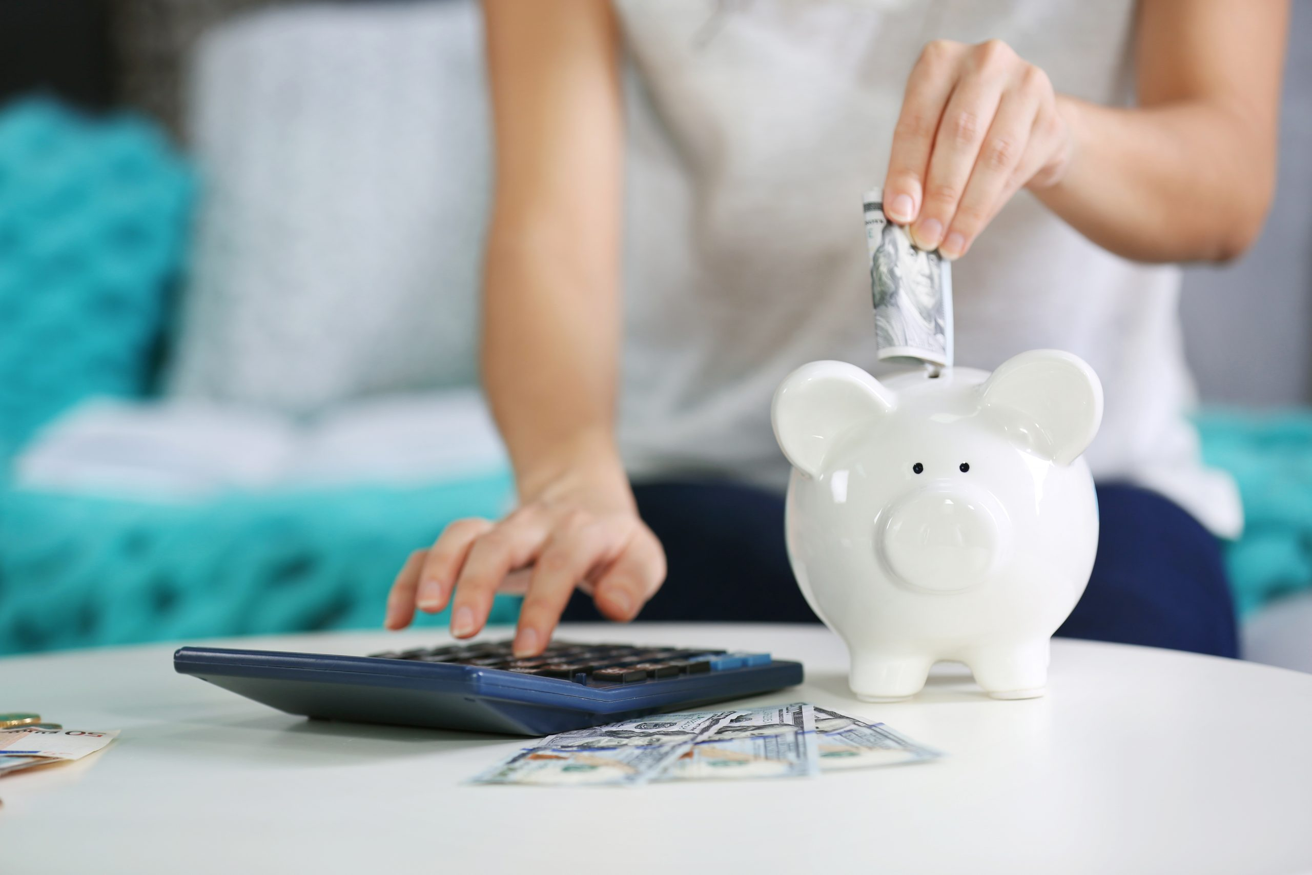 6 Weird Methods People Use to Save Money